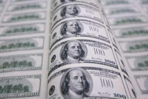 美联储高官:当前美股价格颇高 可能会有资产泡沫出现