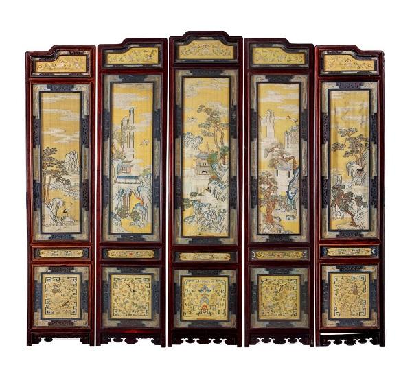 清乾隆 紫檀及硬木框明黄色地双面缂丝仙山楼阁五扇屏风 RMB 5,290,000