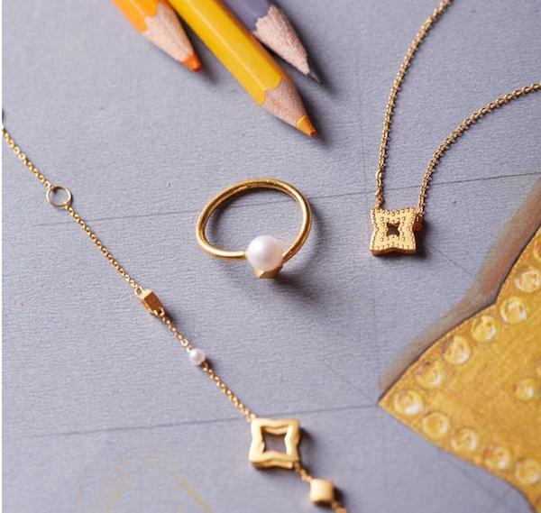 韩庚跨界设计的珠宝作品,灵感来自长庚星,也就是闪亮的金星。