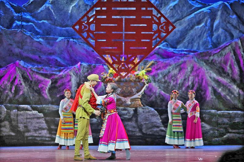 新疆民间音乐图片素材