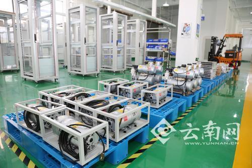 装备制造业是滇中新区重点发展的产业,云南聚光科技环保装备生产项目科技含量高,市场前景广阔,对我省环保产业和滇中新区的装备制造业将起到促进带动作用。