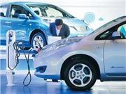 新能源汽车高速发展背后召回率高达13%、三年车龄贬值过半