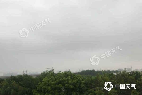 暴雨+雷暴大风!今后三天强降雨袭海南 局地警惕强对流