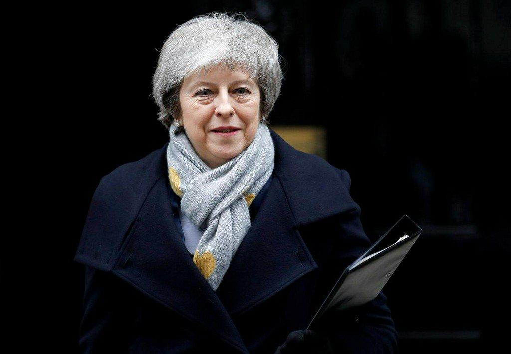 英镑再度大跌,英国首相特雷莎·梅或即将下台