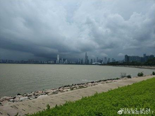 广东本周雨水开场 雷雨不断局地暴雨在线