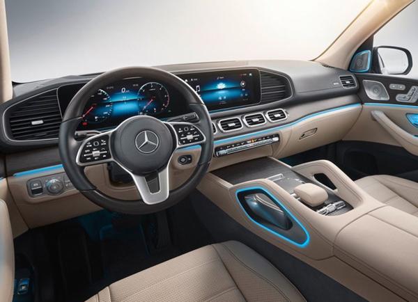 全新奔驰GLS前景展望:售价7.52万美元起 略高于宝马X7