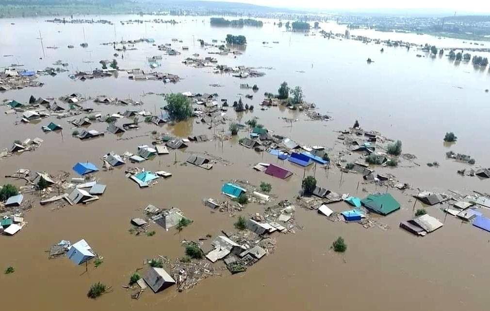 俄伊尔库茨克州多地遭洪水侵袭 华人不宜前往贝加尔湖地区旅游