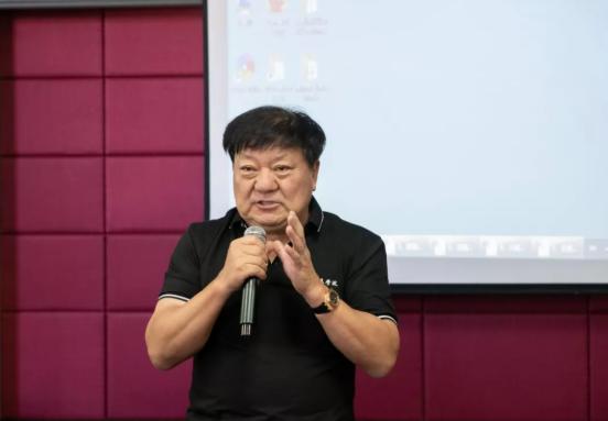 博源集团董事局主席戴连荣