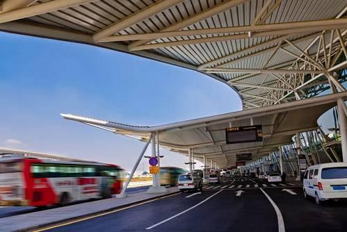 """珠三角机场最新""""战报""""出炉!香港机场滑坡,深圳机场、白云机场截流,谁才是未来王者?"""