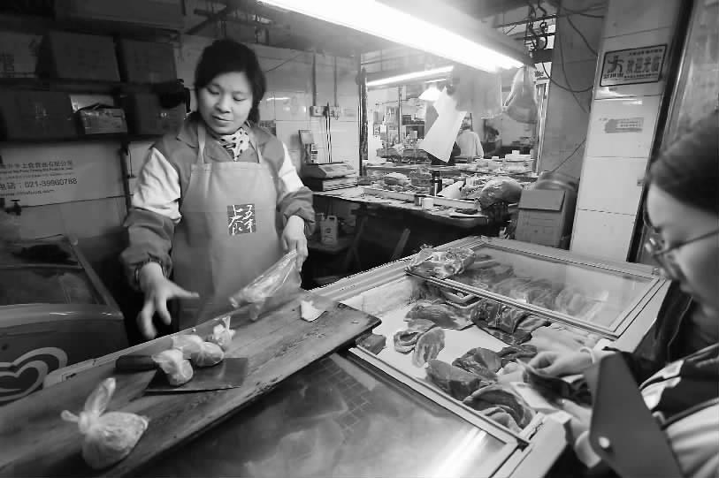 本市部分標準化菜場推平價豬肉