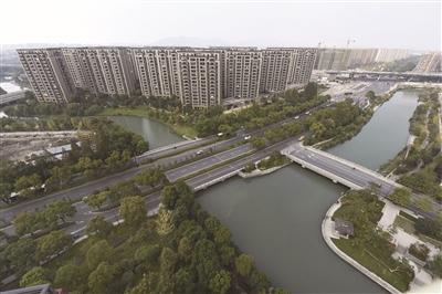 3平方公里,总建筑面积1400万平方米,规划人口20万人.中国人民银行标志设计图片