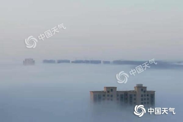 江西大雾弥漫致多条高速管制 南昌气温创下半年来新低
