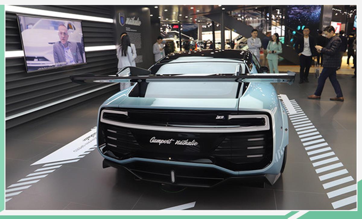 將亮相進博會 愛馳首款賽道級電動跑車官圖發布