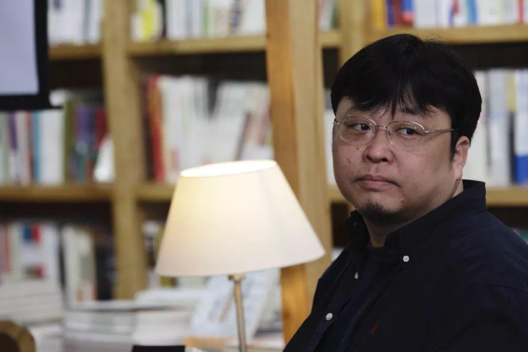 """刷屏!罗永浩成""""老赖"""",长文微博悲情回应:哪怕卖艺也会还钱!最惨时欠债6亿"""