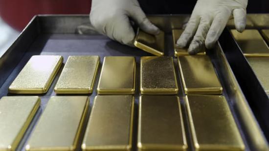 贸易不确定性抵消经济数据影响 黄金价格小幅走高