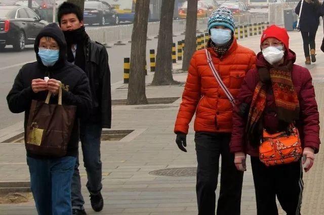 俄担心中国不明病毒传入境内 边境及机场加强了对中国旅客的身体检查
