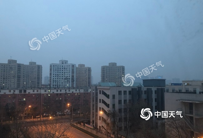 """注意防护!北京今天局地重度霾 明天冷空气来""""清场"""""""