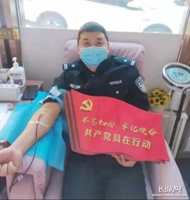 """【承德战""""疫""""・暖新闻】致敬!医警夫妻档携手战一线"""