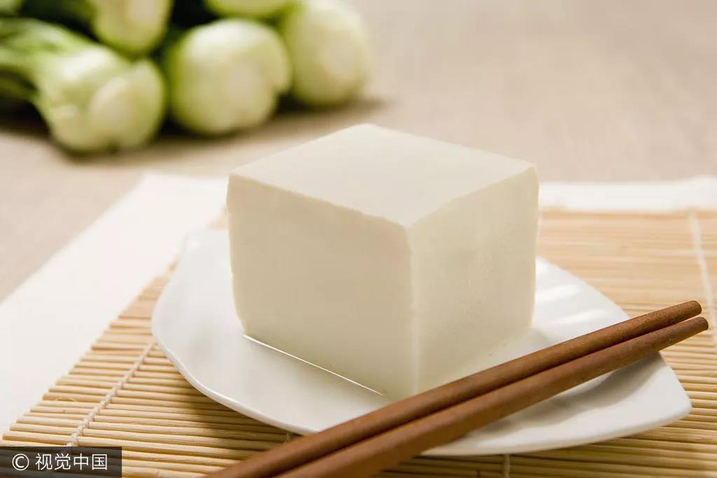 """英国学者发表了一个""""雷人""""结论:吃豆腐会让全球变暖"""