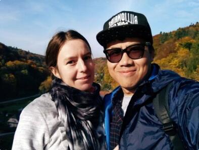Jarod和妻子在波兰