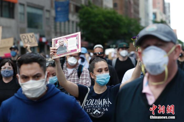 美国长期护理机构新冠死亡率居高不下 日韩疫情反弹
