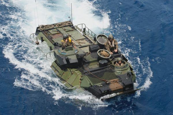 美军找到沉没两栖突击车及士兵遗体 将设法打捞