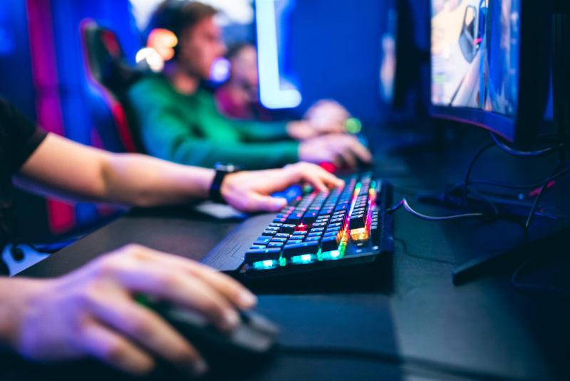 乐游科技发布盈利警告,上半年预亏300-700万美元