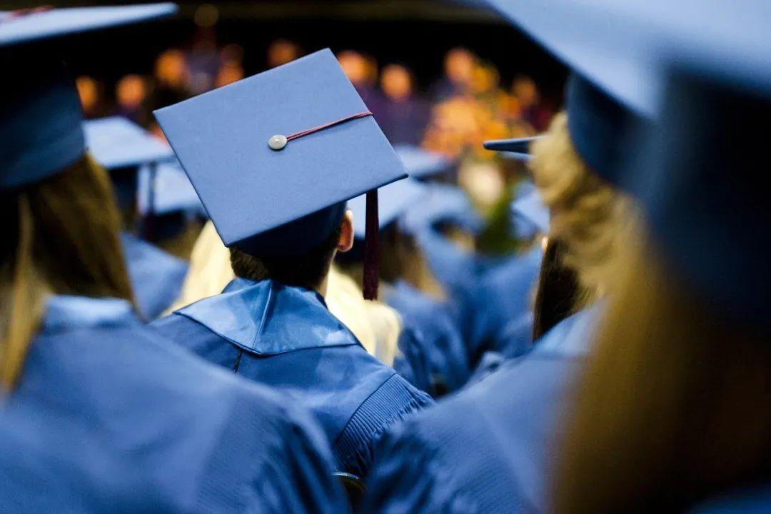 """研究生教育改革:""""混文凭""""将成历史?"""