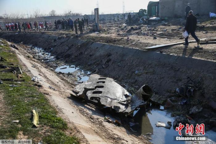 乌克兰坠机事故报告公布:两枚导弹相隔25秒击中飞机