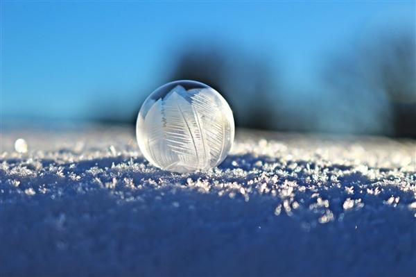 局地最多降温16度以上:全国迎极端降温、最高级别寒潮来袭