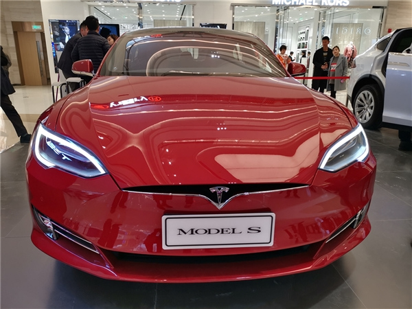 死亡中控!美国责令特斯拉召回:涉超15万辆Model S/X