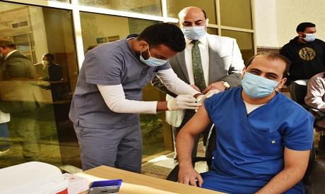 ?埃及已为全国1315名医护人员接种第一剂新冠疫苗