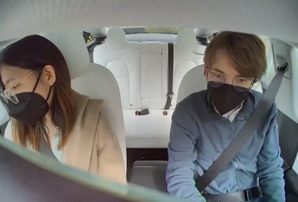 新华社评特斯拉车内摄像头事件:车内隐私不是你想采就能采