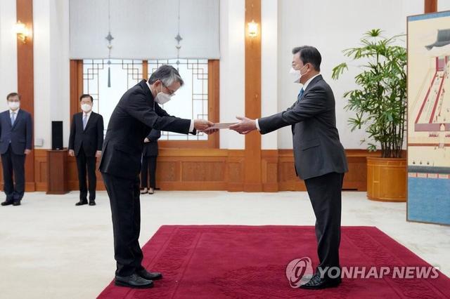 韩国急了!文在寅面告日本大使传达韩方的忧虑