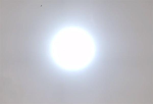 直击北方多地暴风沙尘天气:北京出现蓝太阳