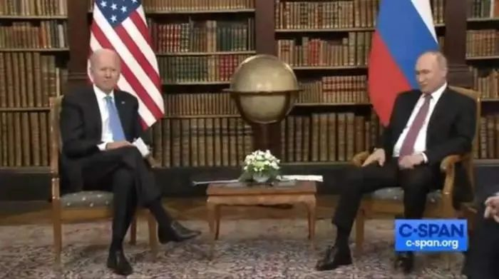 """提早结束的""""普拜会""""到底谈成了什么?普京强调:别想挑拨中俄关系"""