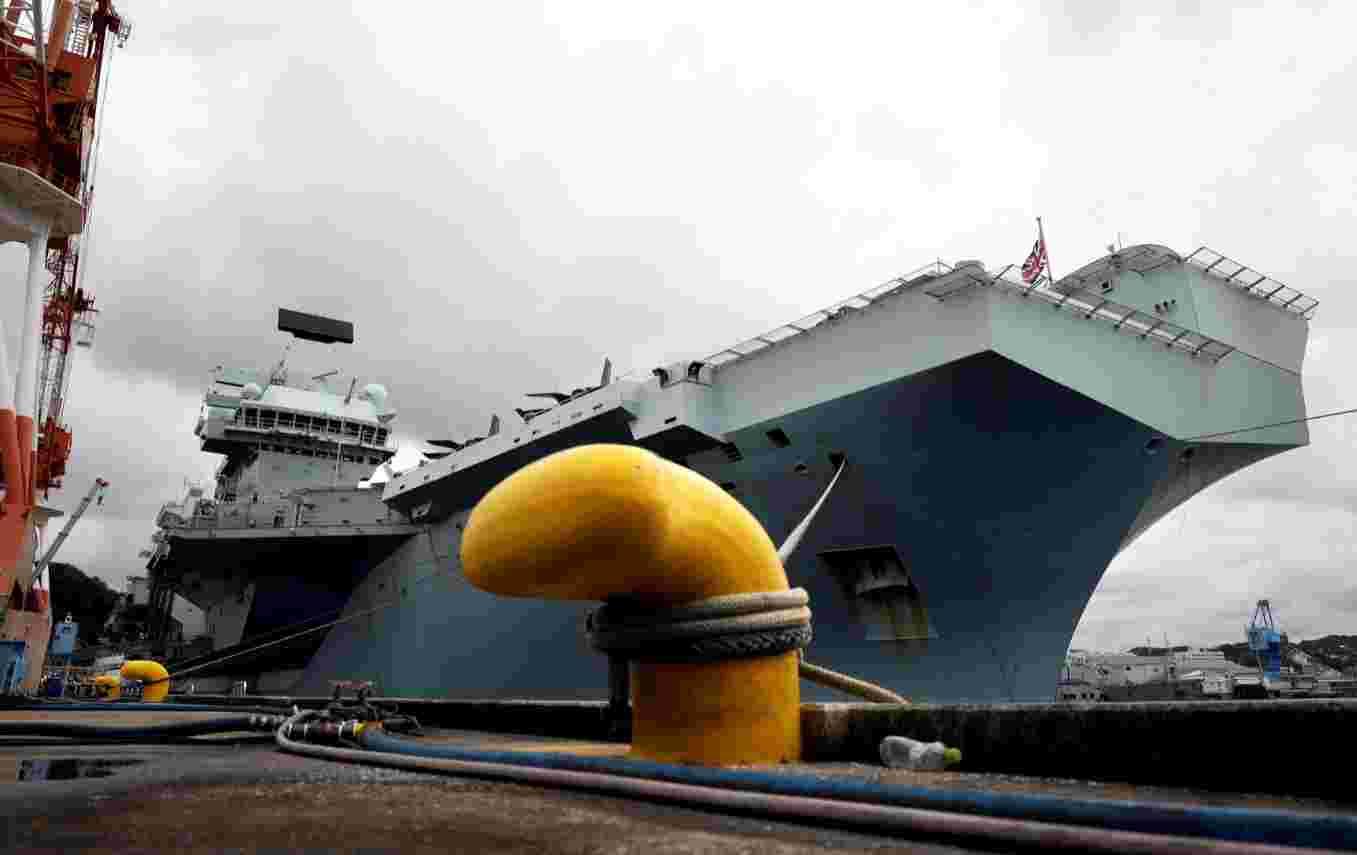 """带了威士忌和杜松子酒!英国军舰启程前往印太部署,英媒:是去推销""""土特产""""……"""