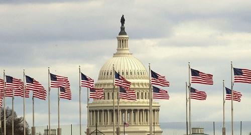 俄媒:美国众议院再通过制裁俄罗斯法案 对象有高官商人及媒体记者